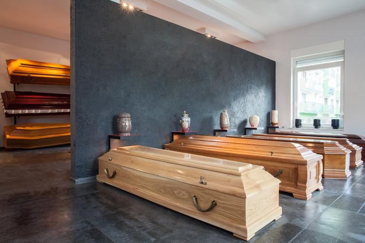 Undertakers, mortuary and crematorium assistants | Pay ...