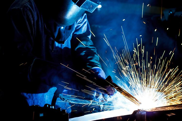 Welding trades | Pay, employment, hours & equality data